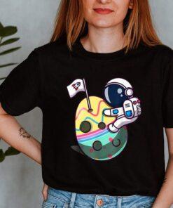 Eggstra Terrestrial Funny Space Astronaut shirt 3 1
