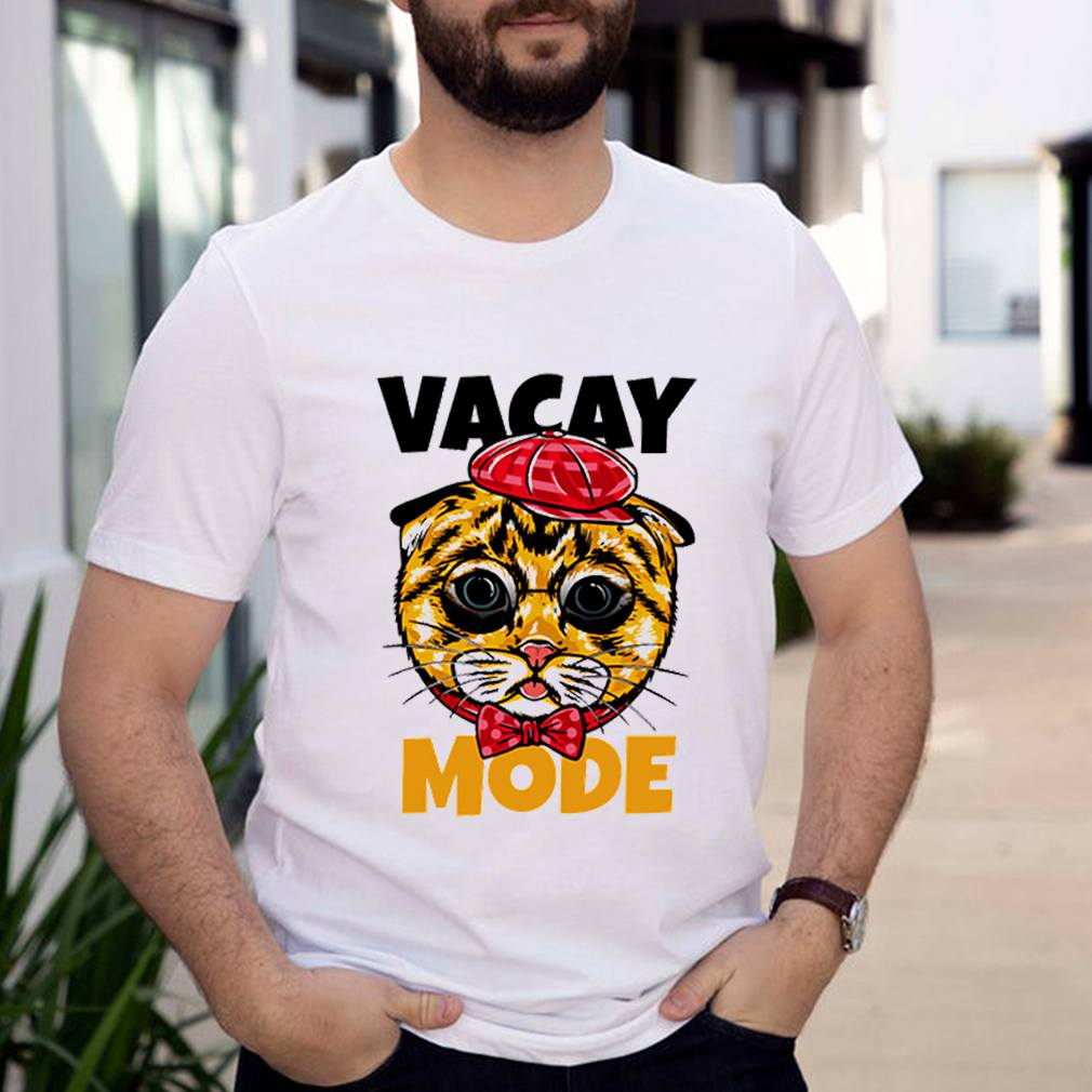 Vacay mode cute cat with glasses and red shirt