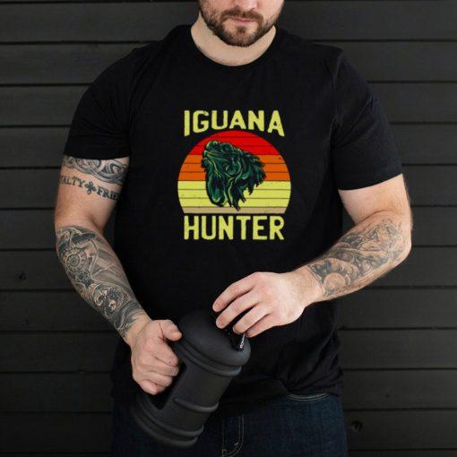 Iguana hunter for boys Iguanas Iguana Lizard vintage T Shirt