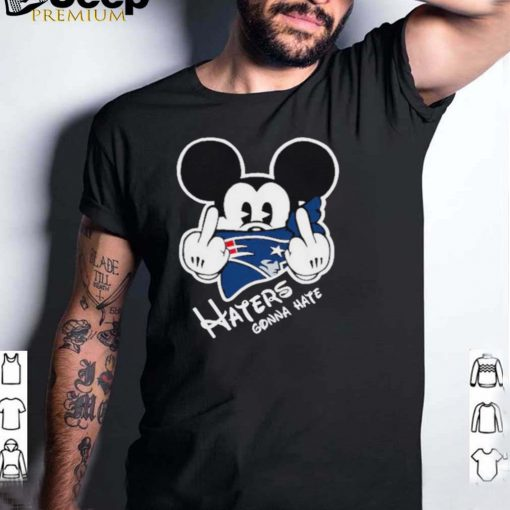 Mickey haters gonna new england american football team shirt